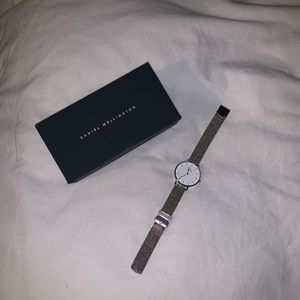DW Classic Petite Sterling